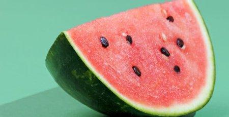Best Summer Fruits, peak in the summer months, health fruits, summer healthy fruits, best fruits of summer
